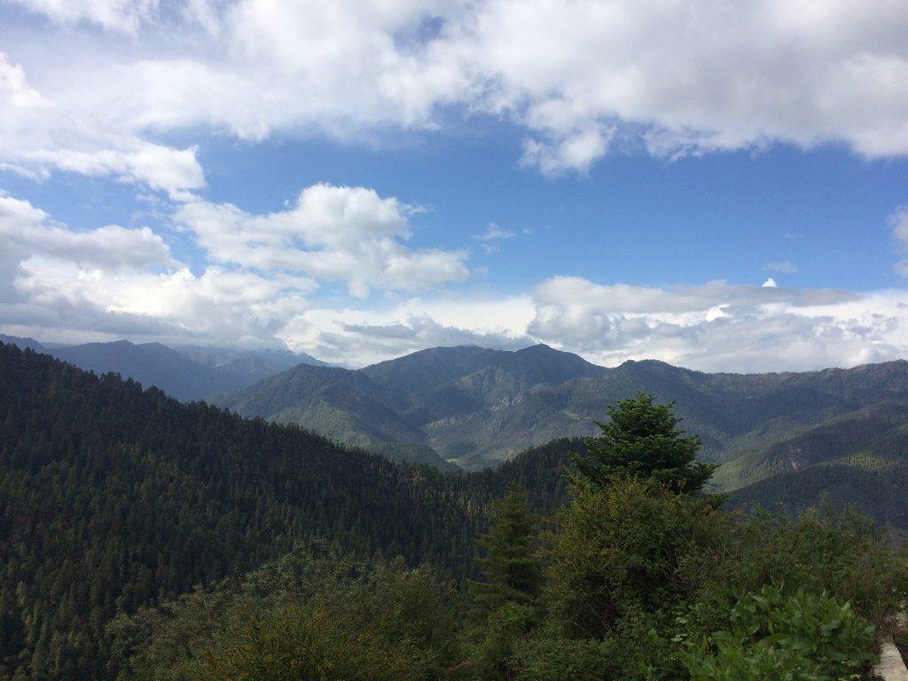 ハの谷を見下ろせる、タクチュ・ゲンパ僧院からの眺め(2日目)